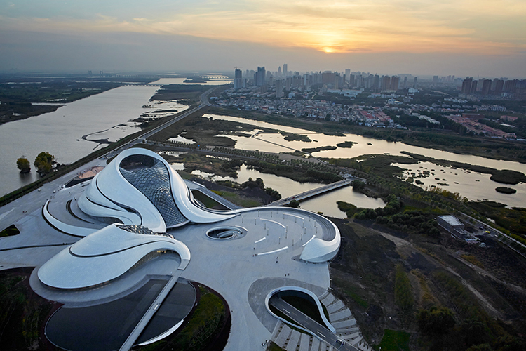 MAD_Harbin Opera House_001_©Hufton+Crow
