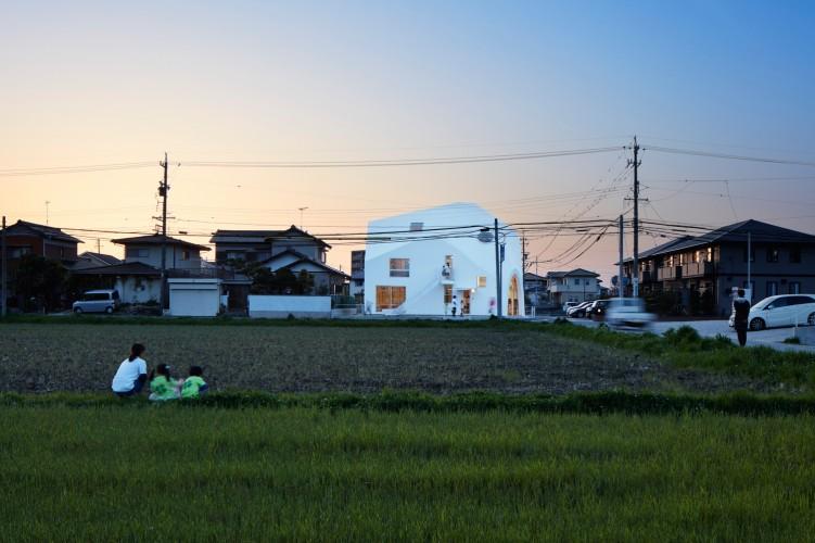 03_MAD_Clover House_Fuji Koji