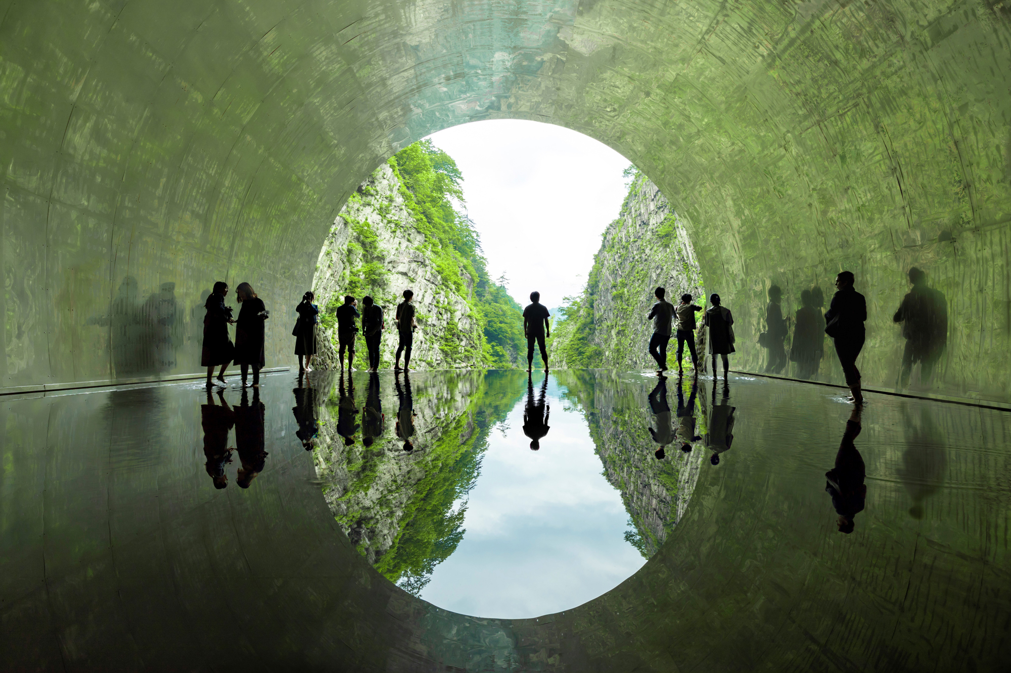 17_MAD_Echigo Tsumari_Tunnel of Light_Light Cave_by Osamu Nakamura