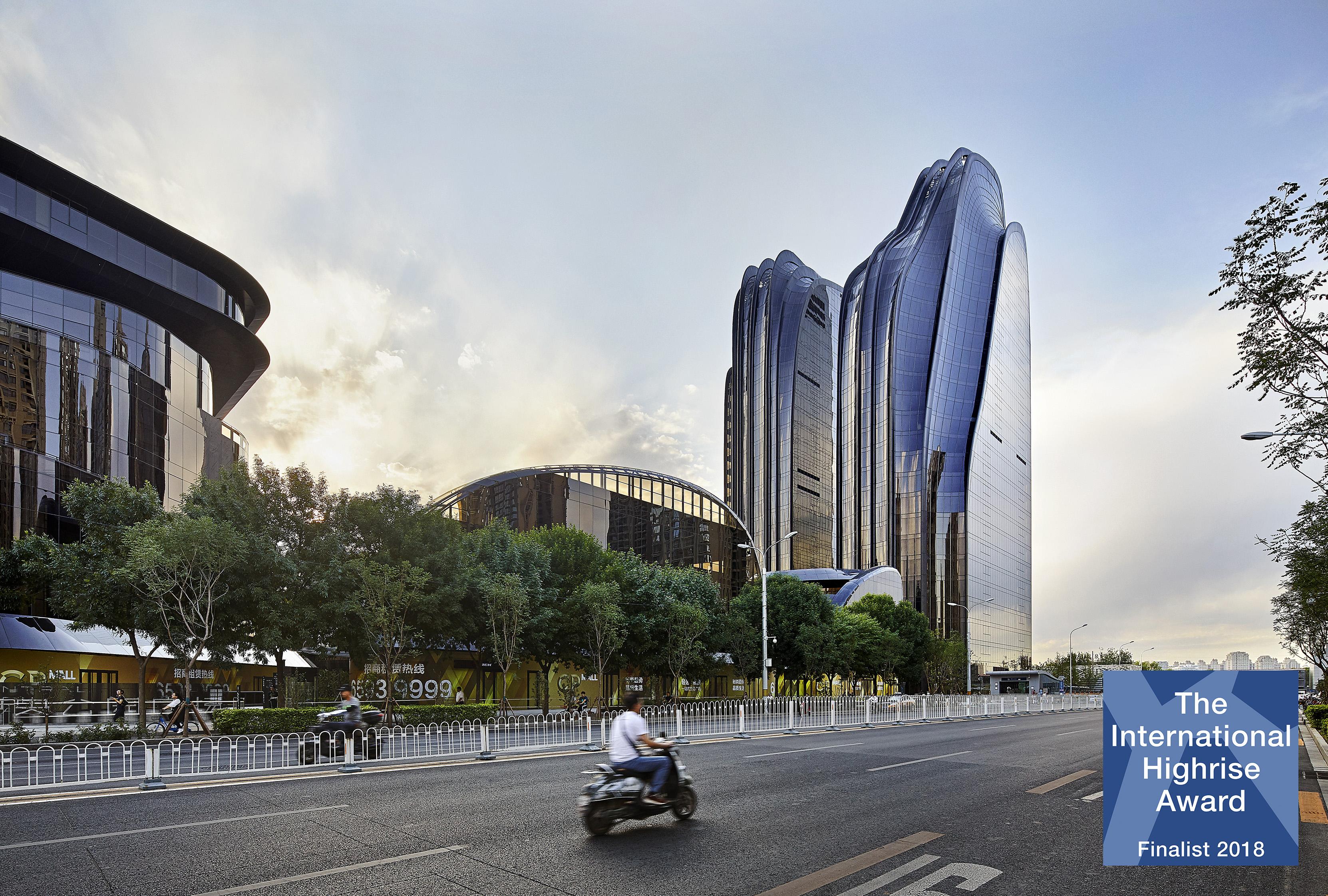 MAD_Chaoyang Park Plaza_©Hufton+Crow_IHA Finalist