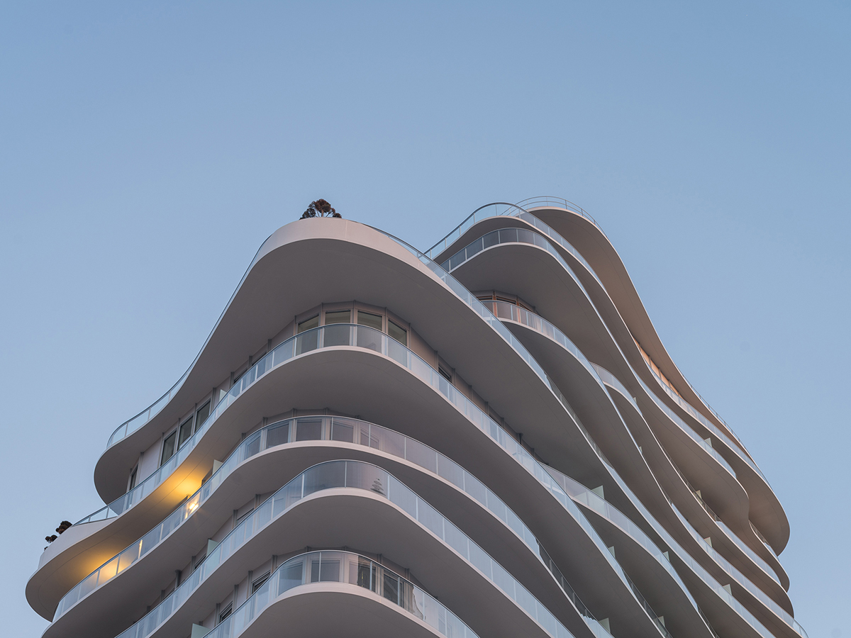 02_MAD Architects_UNIC Residential_tops out_photo by Jared Chulski_mailchimp